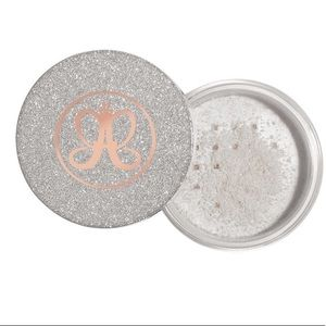 New Anastasia snowflake silver loose highlighter!